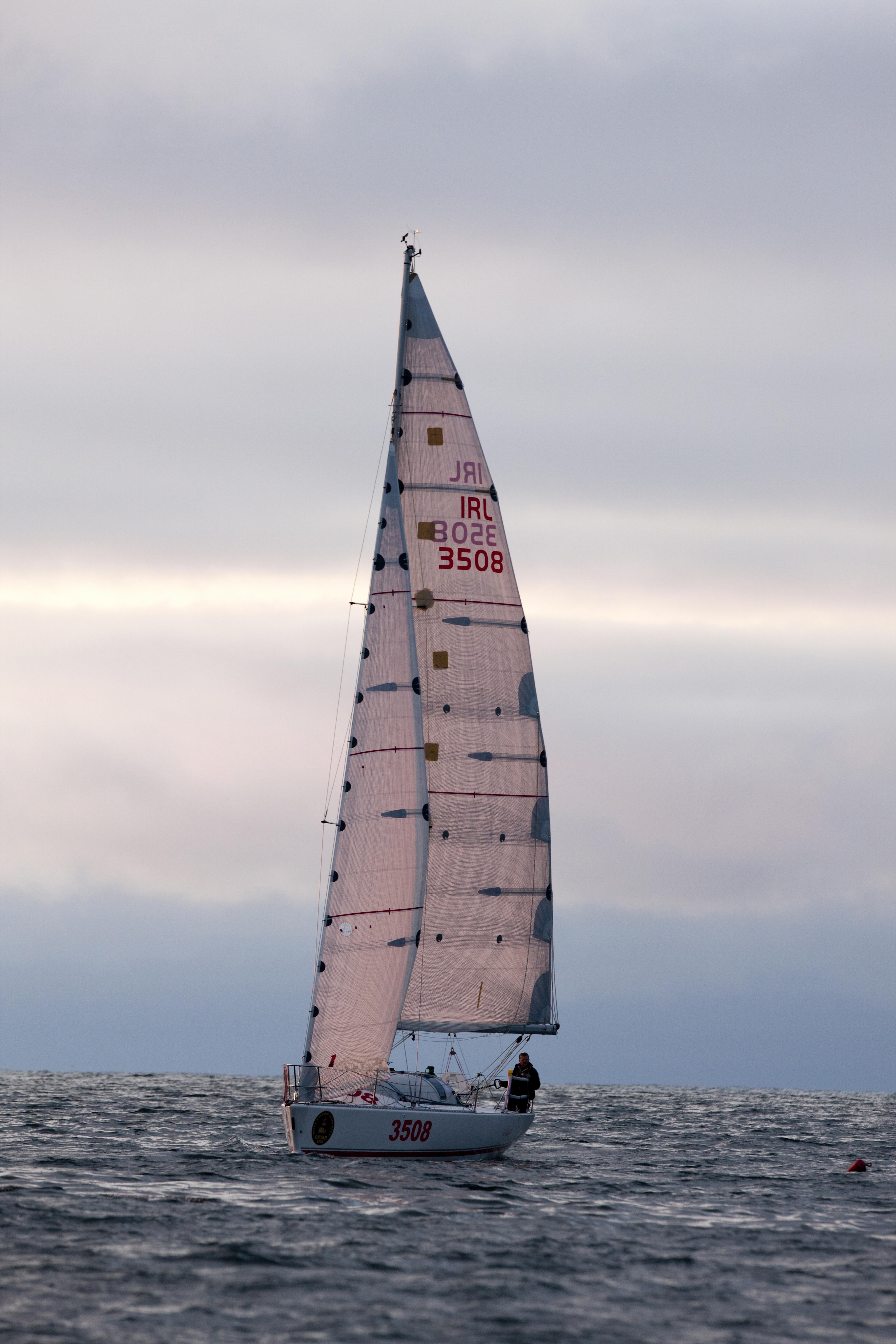 http://www.dinah.sail.ie/wp-content/uploads/2009/06/approaching-newport.jpg