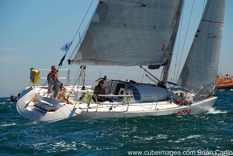 http://www.dinah.sail.ie/wp-content/uploads/2010/07/Round_Ireland_Yacht_Race_2010-82.jpg